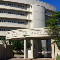 Situated in secure upmarket Ballito Manor complex